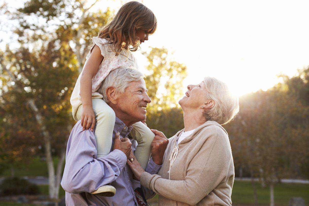 วิจัยแนะ!! แค่ใช้เวลาอยู่กับ พ่อแม่สูงอายุ ช่วยยืดอายุให้ยืนยาวมากขึ้น