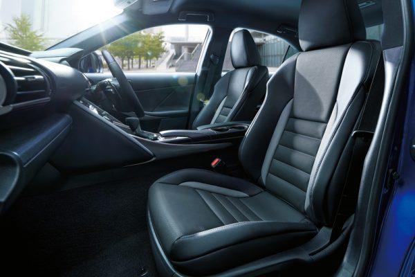 Lexus IS I Blue