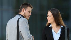 7 วิธีรับมือกับคนที่ไม่ชอบขี้หน้า แบบคนฉลาดเขาทำกัน