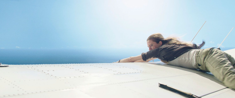 """แอลลิสัน วิลเลียมส์ กลับมาสร้างความระทึก ส่งท้ายปี!! ใน """"Horizon Line นรก..เหินเวหา"""""""