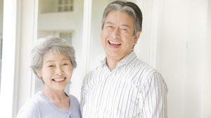 วัยเก๋าควรรู้! 4 ปัญหาช่องปากที่ต้องเจอ ผู้สูงอายุควรใช้ยาสีฟันแบบไหน?