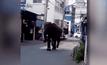 ระทึก! ช้างหงุดหงิดอากาศร้อนวิ่งเข้า รพ.