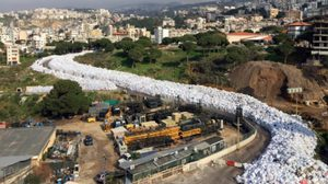 เลบานอนขยะล้นเมือง กองยาวเหยียดบนถนน หลังรัฐสั่งปิดจุดฝังกลบ