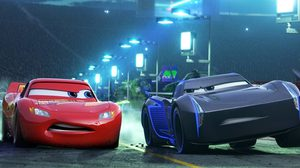 โดนใจนักวิจารณ์!! ไลท์นิง แม็กควีน ซิ่งอย่างกล้าหาญอีกครั้งใน Cars 3