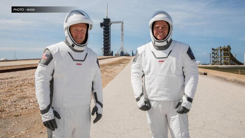 ครั้งแรกในรอบ 9 ปี!! 2 นักบินอวกาศอเมริกัน ถึงสถานีอวกาศนานาชาติแล้ว