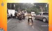 ชื่นชม ตร.สมุย โกยกองเลือด-ล้างถนน ป้องกันอุบัติเหตุซ้ำรอย
