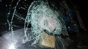มือมืดโผล่ปาหินรถชาวบ้านที่ชุมพร เจ็บสาหัส 2คันซ้อน – ตร.เร่งล่า