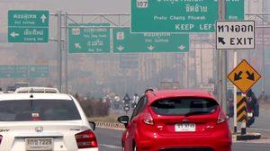 เชียงใหม่ยังวิกฤต ฝุ่น PM2.5 พุ่ง ทำอากาศแย่ติดอันดับโลก ด้านผู้ว่าฯ โผล่ยันไม่ได้หนี