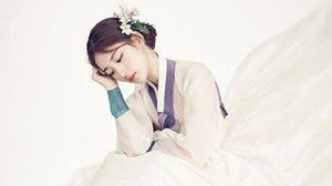 สวยมาก! ซูจี ในชุดฮันบกสีขาว นิตยสาร 1st LOOK