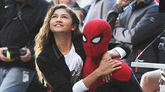 สีหน้าของ เซนดายา ที่รอให้ถึงวันเข้าฉายหนัง Spider-Man: Far From Home