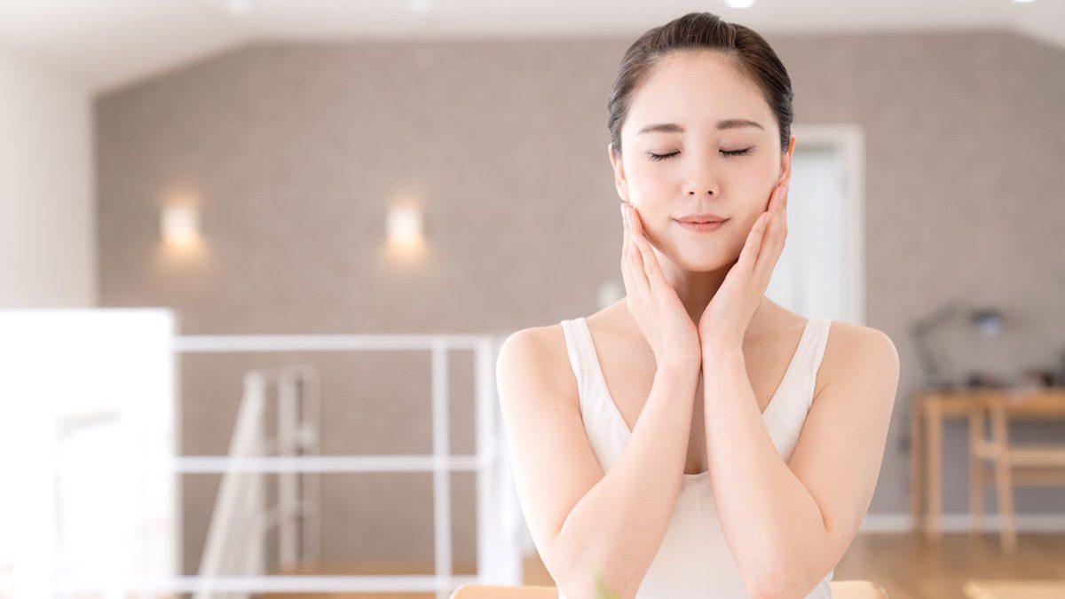 ลดริ้วรอยบนใบหน้า ได้ง่ายๆด้วยตนเอง วันละ1นาที ด้วยการนวดกดจุดแบบญี่ปุ่น