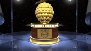 สองซูเปอร์ฮีโร่จาก BvS: Dawn of Justice จับมือรับรางวัลคู่หูนักแสดงยอดแย่ เวทีแรสซี อวอร์ด ครั้งที่ 37