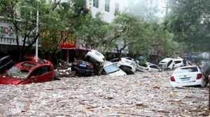 จีนอ่วม!! น้ำท่วมไม่หยุด เสียชีวิต 6 หาย 3 อพยพแล้วกว่า 71,300 ราย