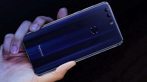 Huawei เปิดตัว Honor 8 สมาร์ทโฟนดีไซน์ตัวเครื่องแบบกระจกเงาหรูหราโดนใจ