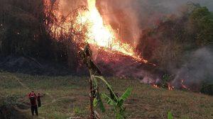 ไฟป่าเชียงราย เพลิงยังรุนแรงต่อเนื่อง จนท.เร่งเข้าลุยดับไฟ