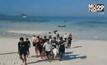ช่วยเหลือนักศึกษาหมดสติขณะดำน้ำเกาะสิมิลัน
