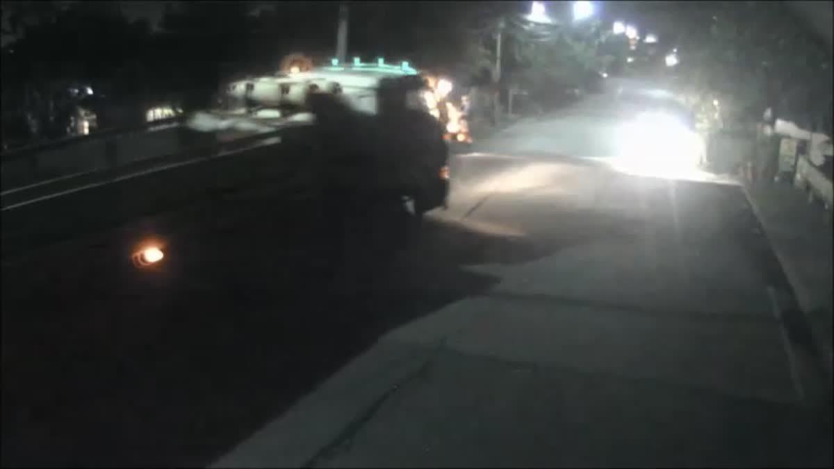 อู่ซ่อมรถวอนโซเชียล ตามหารถบรรทุกซิ่งชนรถลูกค้าพังยับ