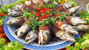 """""""เทศกาลกินปลาทู และของดีเมืองแม่กลอง ระหว่างวันที่ 13 – 22 ธันวาคม 2562 ณ บริเวณหน้าศาลากลางจังหวัดสมุทรสงคราม"""