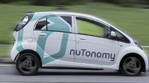 แดนลอดช่อง ประเทศแรกของโลกนำร่อง ใช้แท็กซี่ไร้คนขับ