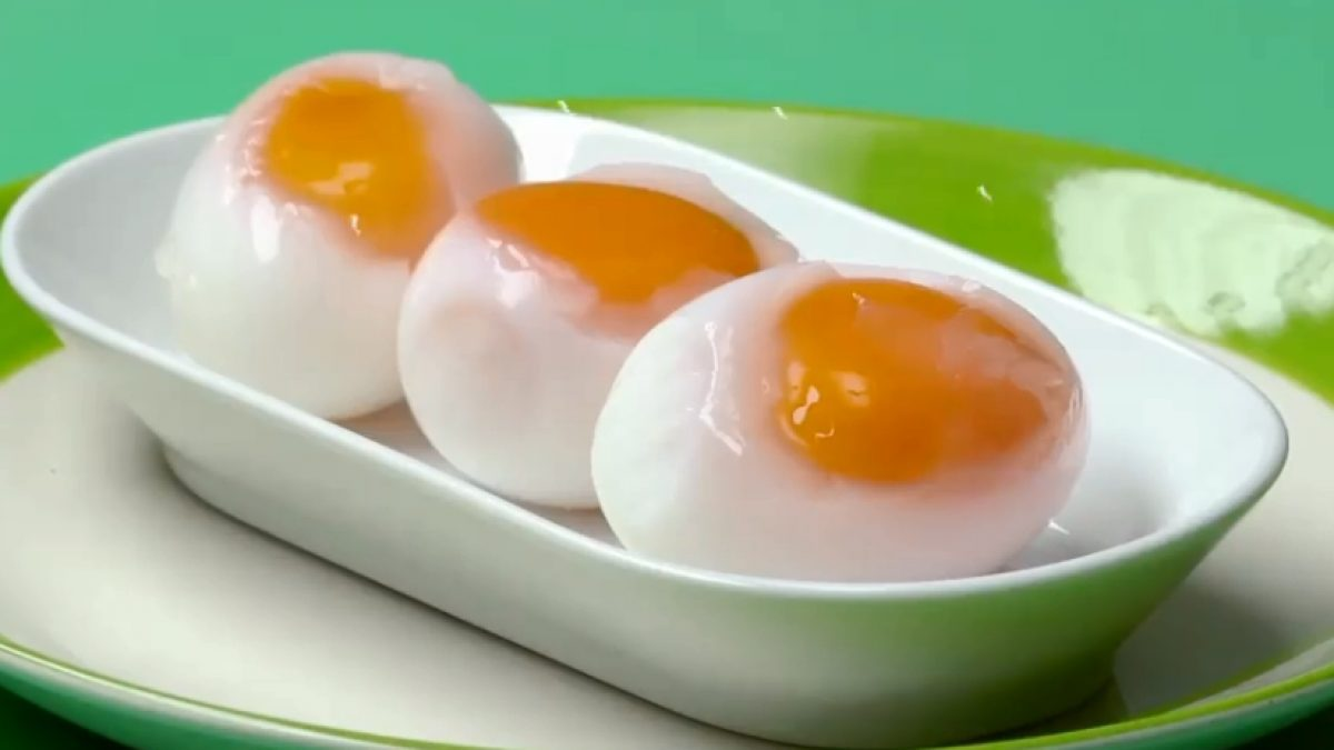 วิธีทำ ไข่ตาหวาน ไข่แดงลอยออกมาล่อตาล่อใจ