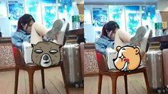 สาวจีนโชว์หวิว นั่งสบายไปหน่อย จนหนุ่มๆ ในบริเวณนั้นหายใจไม่ทั่วท้อง