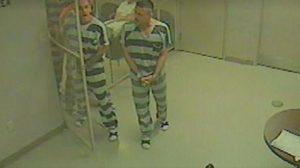 ดังทั่วโลก กลุ่มนักโทษในสหรัฐฯ แหกคุกช่วยชีวิตผู้คุมหัวใจวาย