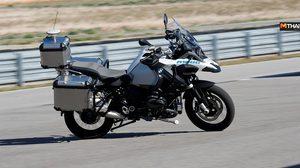 มอเตอร์ไซค์ขับขี่อัตโนมัติ กับการทดสอบระบบความปลอดภัยใน BMW R1200GS