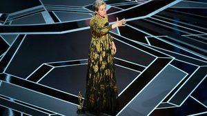 ให้ผู้หญิงทั้งงานลุกขึ้นยืน!! ฟรานเซส แม็กดอร์แมนด์ ให้เกียรติผู้หญิงทุกคนในฮอลลิวูด บนเวทีออสการ์