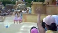 [Fancam] Etude - Girls Generation (SNSD) @ Music core (Recording) in Caribbean Bay, Everland theme park [090813](3/4)