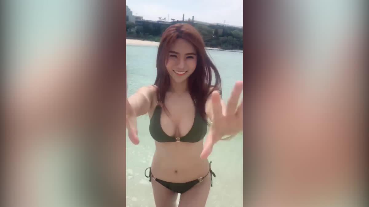 น้องติวเตอร์ เซ็กซี่รับลมร้อนที่เกาะโอกินาว่า