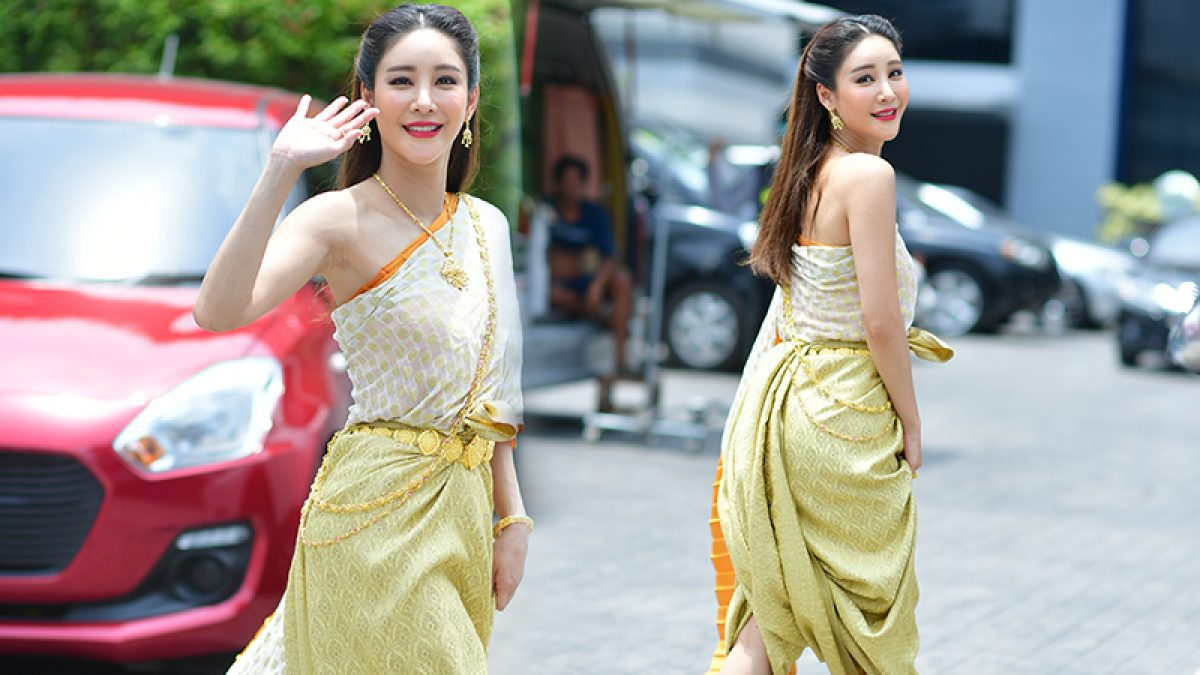 ใส่ชุดไทยยังไงไม่ให้หลุด กับ แตงโม ภัทรธิดา