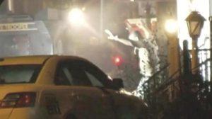มือปืนยิงปะทะตำรวจในเมืองฟิลาเดลเฟียตึงเครียดนาน 8 ชั่วโมง