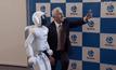 นายกฯ ออสเตรเลียเซลฟี่กับหุ่นยนต์