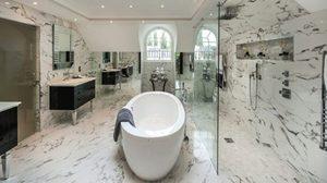 15 ภาพห้องน้ำสวยหรู ดูแพง ด้วยลวดลายกิ๊บเก๋จาก หินอ่อน