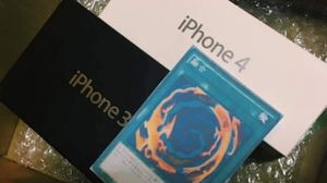 ฮากระจาย!! สาวจีนสั่งซื้อ iPhone 7 แต่ได้ iPhone 3G กับ iPhone 4 และการ์ดรวมร่าง