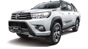 Toyota Hilux 2.4G AT limited edition เปิดตัว แล้วที่มาเลเซีย