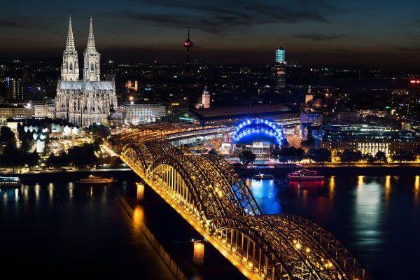 7 สถานที่ท่องเที่ยวสุดฮิตที่พลาดไม่ได้อย่างเด็ดขาดเมื่อไปเที่ยวประเทศเยอรมัน