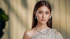 เพลง-ชนม์ทิดา ใส่ชุดไทยพระราชนิยม