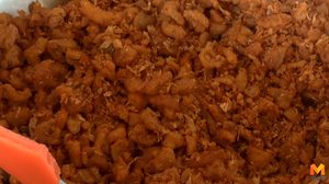 'น้ำพริกกากหมู' สร้างรายได้วันละกว่า 1 พันบาท