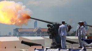 ทหารสามเหล่าทัพยิงสลุตหลวงพิเศษ งานพระราชพิธีบรมราชาภิเษก