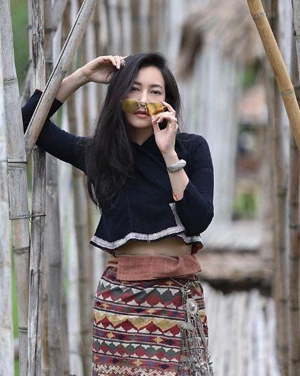 นุ่น วรนุช ใส่ชุดไทย
