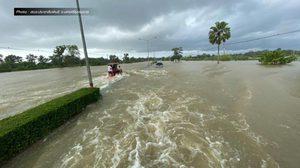 จนท.ระดมช่วยเหลือผู้ประสบภัยเมืองคอน น้ำท่วมแล้ว 19 อำเภอ