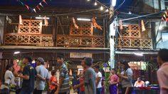 ตลาดเก่าท่าม่วง 120 ปี เดินชิลล์ กินอร่อย จ.กาญจนบุรี
