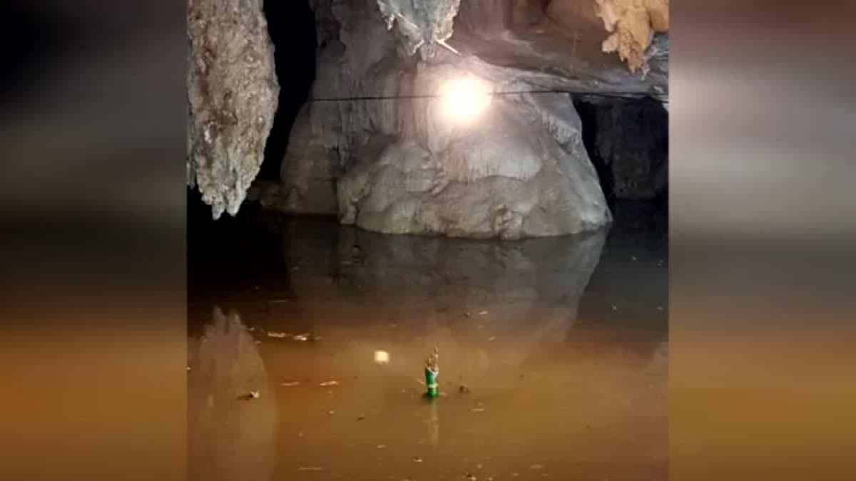 แตกตื่น! เมืองคอนน้ำท่วมลด หัวพญานาคโผล่กลางถ้ำ