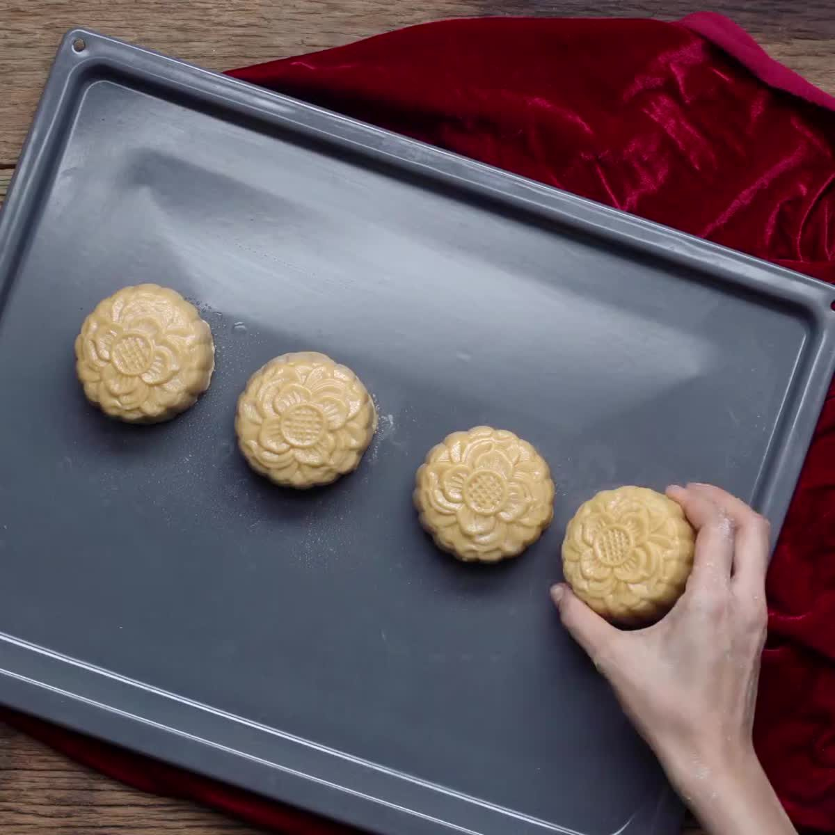 """วิธีทำ ขนมไหว้พระจันทร์ กินข้าวกัน by """"แม่อ้อ"""""""