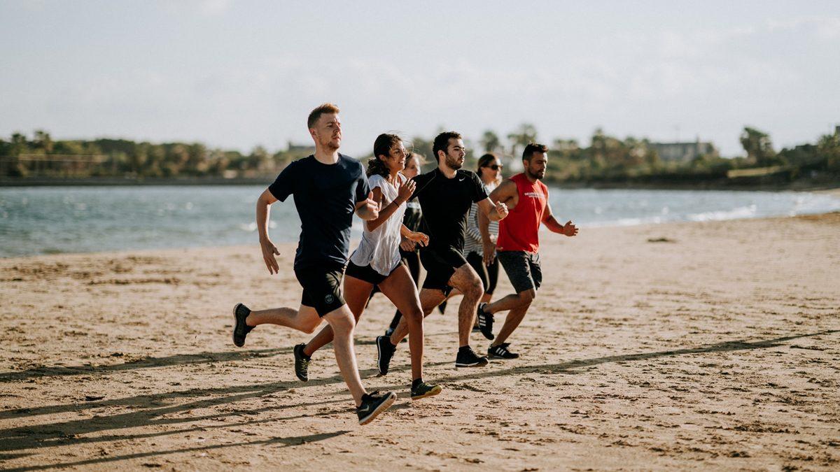 นักวิ่งทุกคนควรรู้! หลักโภชนาการ 5 หมู่ที่สำคัญ คำแนะนำที่ถูกต้องเกี่ยวกับการวิ่ง