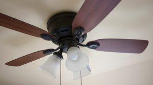 5 ขั้นตอน ทำความสะอาดพัดลมเพดาน ด้วยตัวเองแบบง่ายๆ