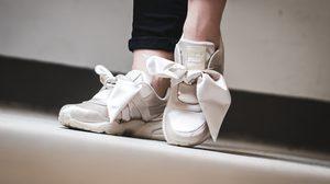 รองเท้าผ้าใบของสายหวาน 2017