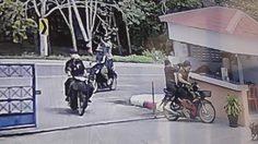เปิดคลิป!! 6 คนร้ายบุกยิงใส่ป้อมตำรวจ สภ.นาประดู่ เสียชีวิต 1 นาย