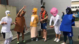 ฮาเกรียนอีกแล้ว! ภาพจบการศึกษาของหนุ่มๆ โรงเรียนมัธยมปลายเกาหลีใต้